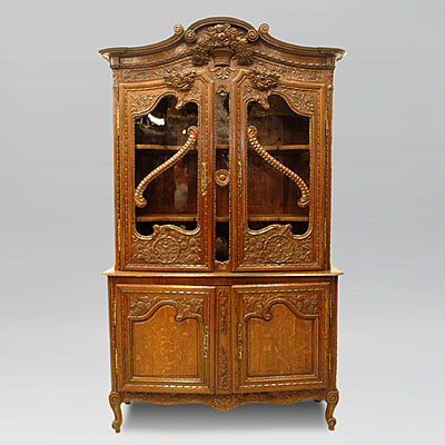 FRENCH OAK CUPBOARD