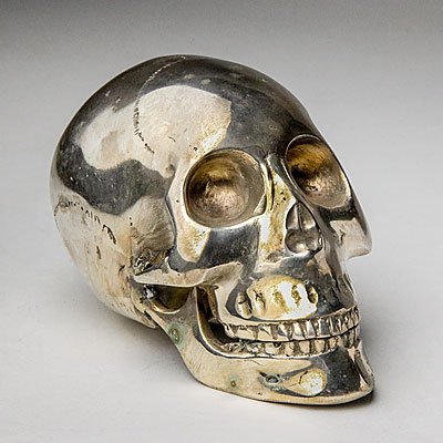 SMALL SILVER FINISH SKULL