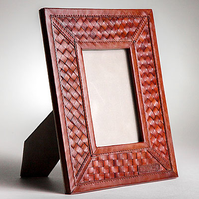 COGNAC LEATHER FRAME