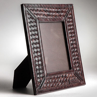 BROWN WOVEN LEATHER FRAME