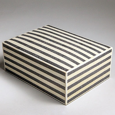 BLACK AND WHITE SHAGREEN BOX