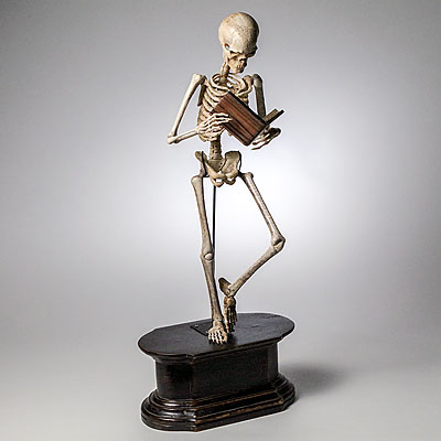 SKELETON FIGURE