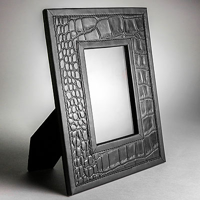 SMALL BLACK FAUX CROC LEATHER PHOTO FRAME