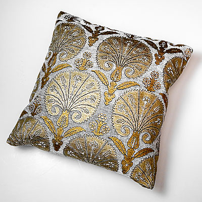 LARGE GREY ISTANBUL PRINT FORTUNY PILLOW