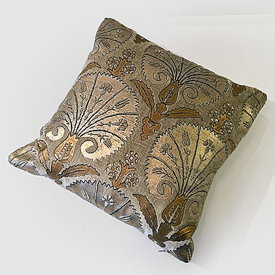 SMALL BEIGE ISTANBUL PRINT FORTUNY PILLOW