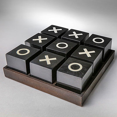 LARGE TIC TAC TOE GAME