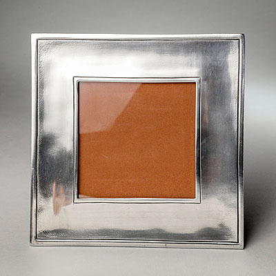 MEDIUM SQUARE PEWTER FRAME