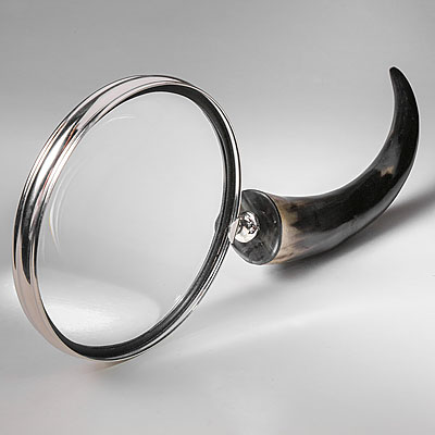 EXTRA LARGE MAGNIFIER W/ HORN HANDLE