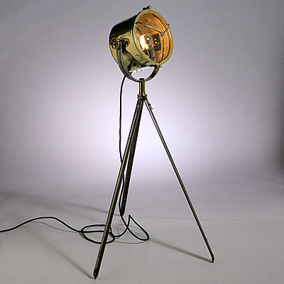BRITISH BRASS SEARCHLIGHT