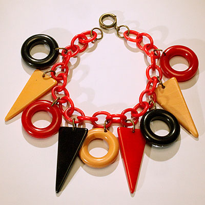 LUCITE TRIANGLE & CIRCLE BRACELET