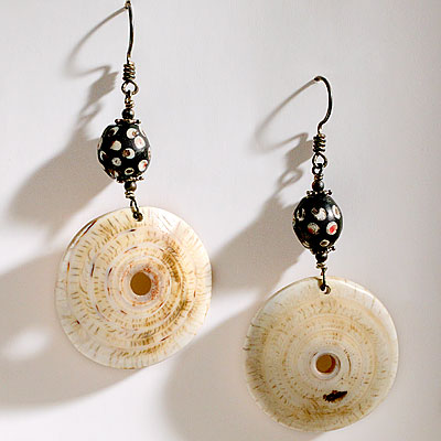 ETHNIC SHELL EARRINGS