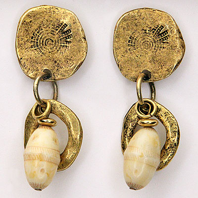 GOLD & CREAM BEAD EARRINGS