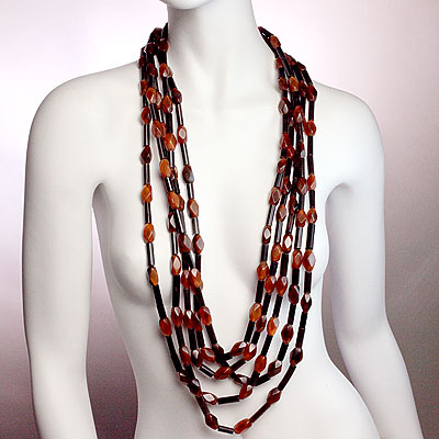 MONIES CORAL BEAD NECKLACE