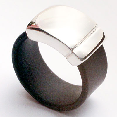 RUBBER & SILVER RING