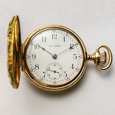 SMALL 14K GOLD POCKET WATCH