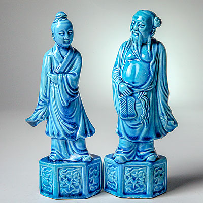 CHINESE BLUE FIGURES